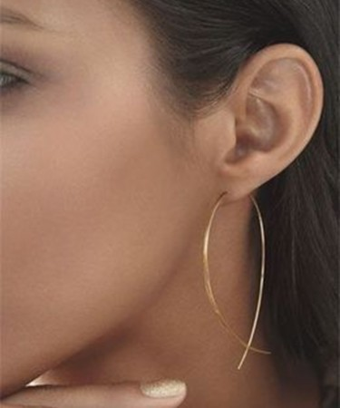 1Pcs  European and American accessories individuality simple tourism street patted copper fish shaped earrings